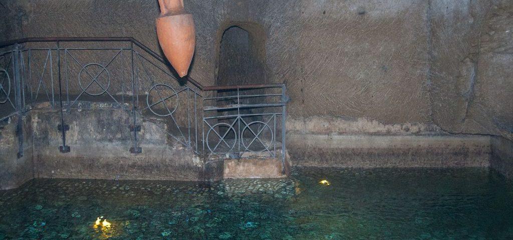 La bellezza di Napoli non si limita a ciò che è visibile in superficie ma si estende anche nelle sue viscere