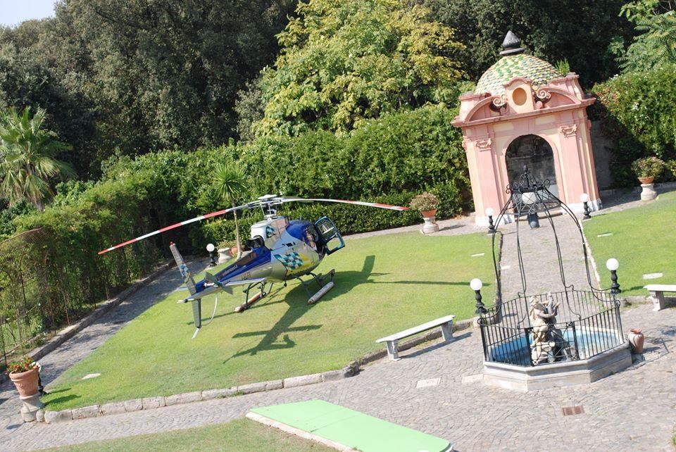 Elicottero in villa (Foto 2)