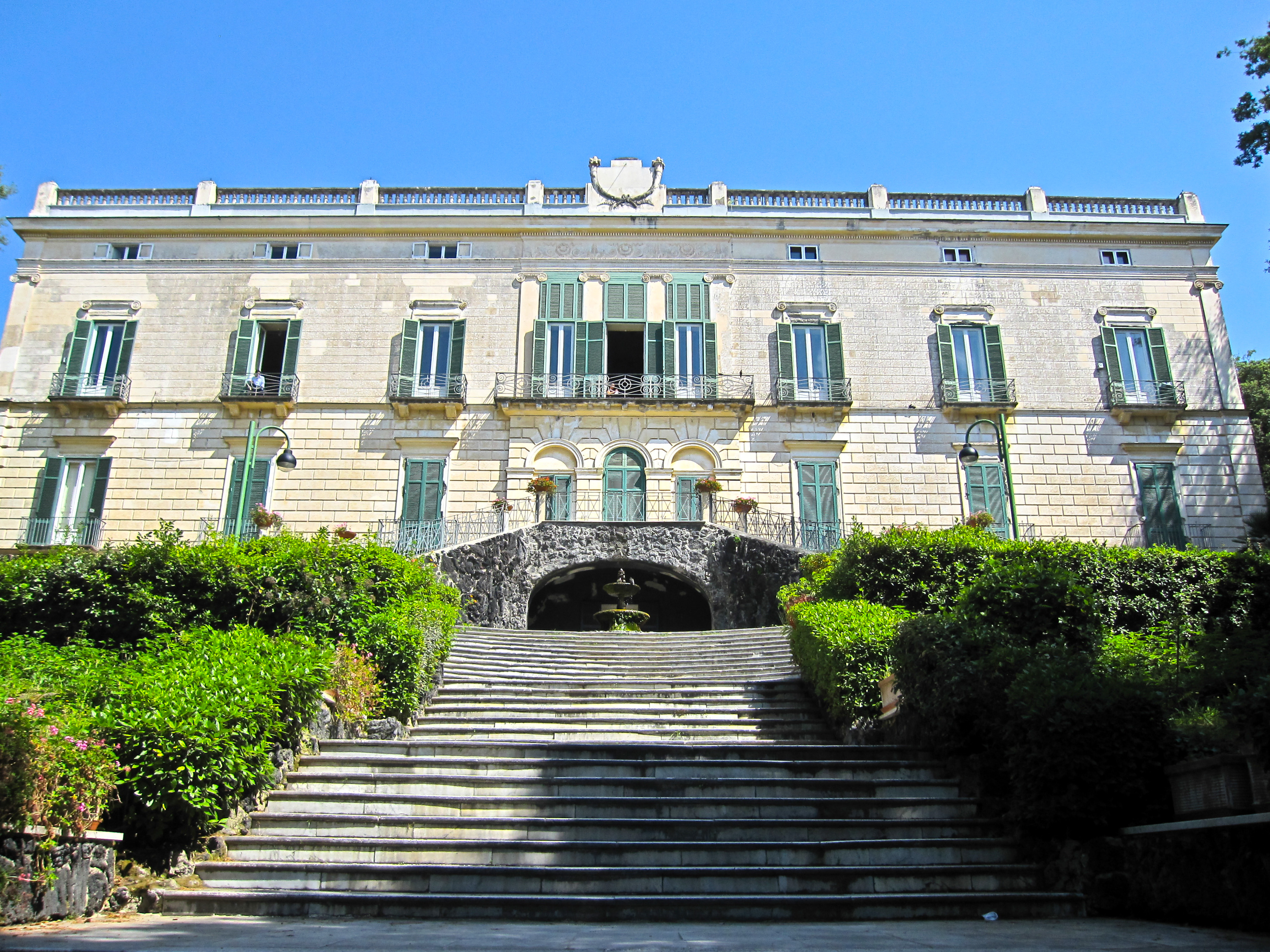 Villa Floridiana retro