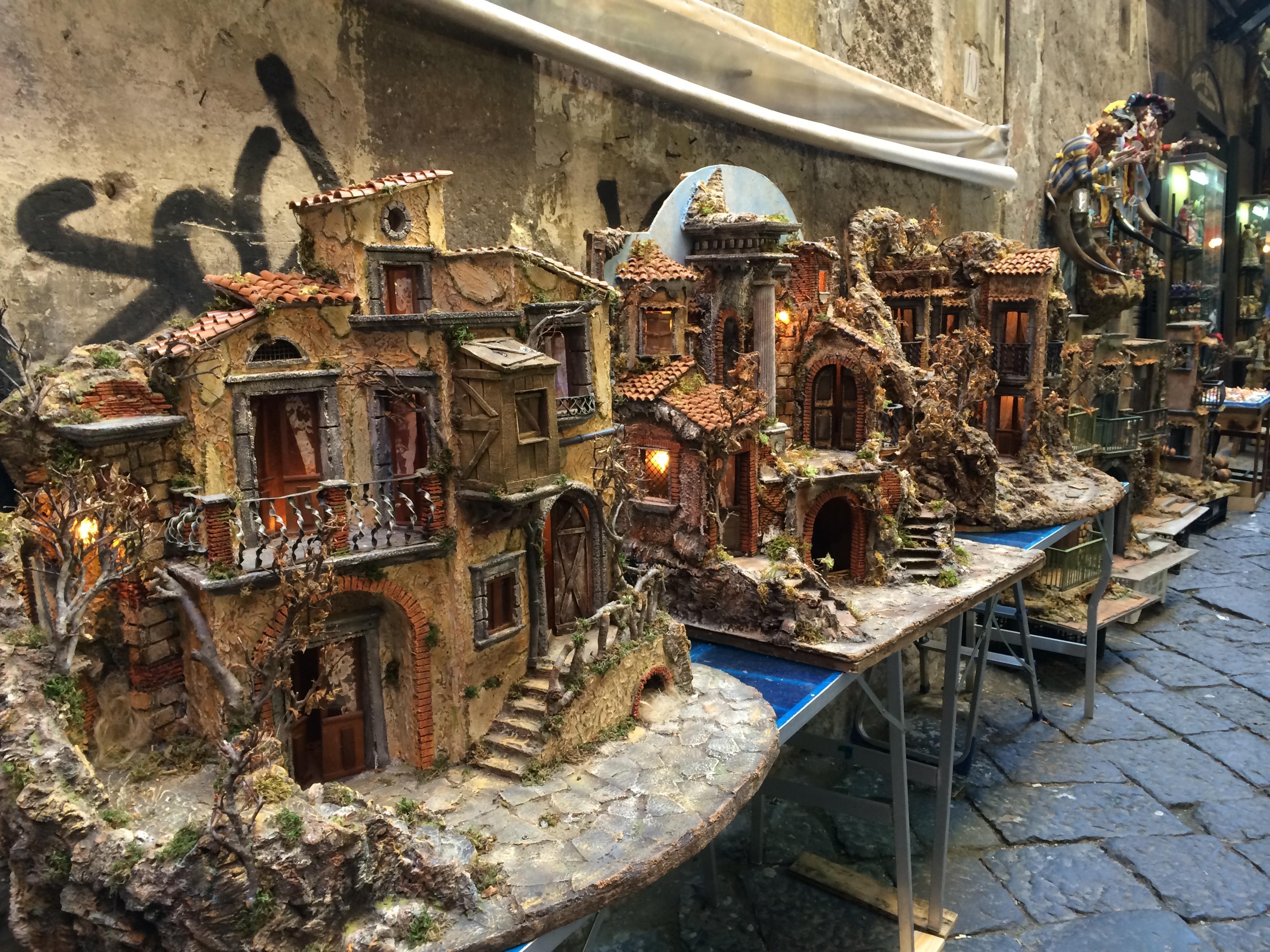 Le famose Botteghe artigianali di San Gregorio Armeno!!!
