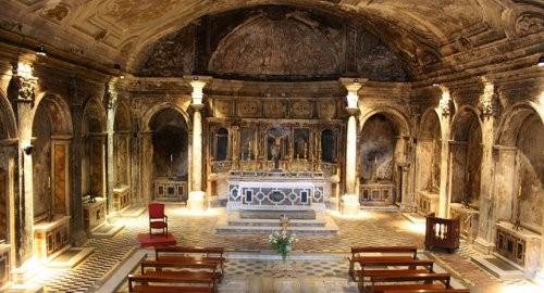 La Chiesa di Santa Maria della Sanità dalla cui Cripta si accede alle Catacombe di San Gaudioso!!!