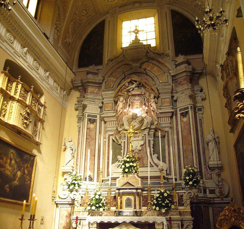 """L'Altare Maggiore di """"Santa Maria in Portico"""""""