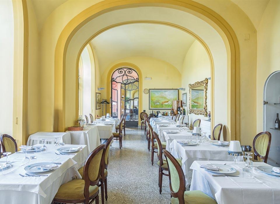 villasignorini_hotel_a_ercolano_galleria_foto_ristorante_sala_c